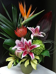 Eco Breezy Tropical Bouquet